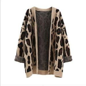 Leopard print cardigan - NWT